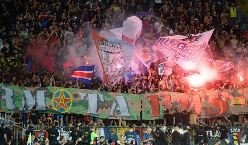 Se joacă Steaua - Rapid cu casa închisă? Suporterii au luat cu asalt casele de bilete din Ghencea şi Giuleşti