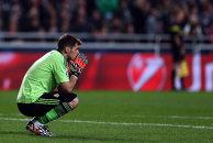 """""""Nu este un robot, huiduielile îl afectează"""". Cât mai rezistă Casillas la Real? La uşă îi bate o ofertă de la Arsenal"""