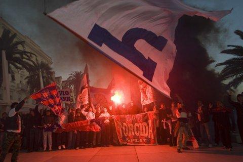 Motivul rar întâlnit pentru care derby-ul Croaţiei a fost amânat. Fotbaliştii, solidari cu fanii