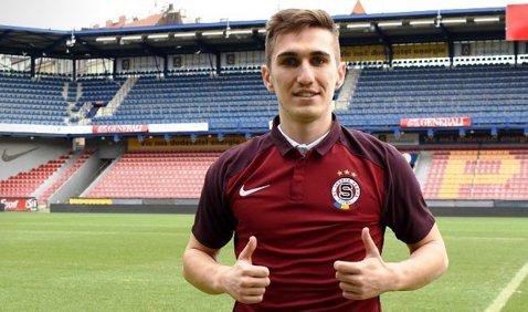 """Vătăjelu, căpitan la primul meci în tricoul Spartei Praga: """"Chiar m-a surprins acest gest şi m-a făcut fericit"""""""