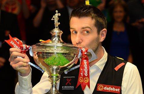 Surpriză enormă la Crucible! Mark Selby, campionul mondial en-titre, eliminat în optimi de un jucător aflat la prima participare la Campionatul Mondial