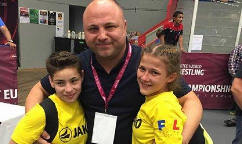 Sportivele tricolore au defilat la Europeanul de lupte pentru cadeţi. Două românce şi-au disputat finala în Suedia