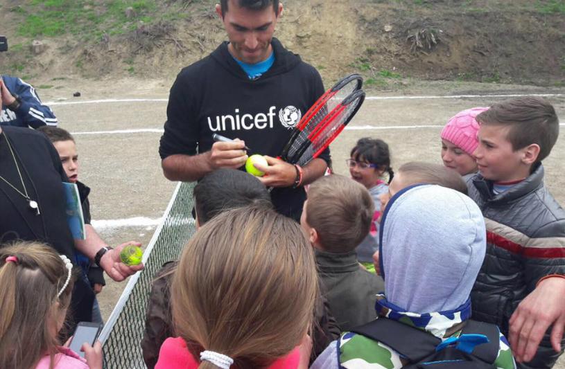"""Regretul lui Tecău: """"Nu am ştiut cât de mulţi copii din România trăiesc în sărăcie"""". Cum se implică vicecampionul olimpic în ajutorarea micuţilor defavorizaţi"""