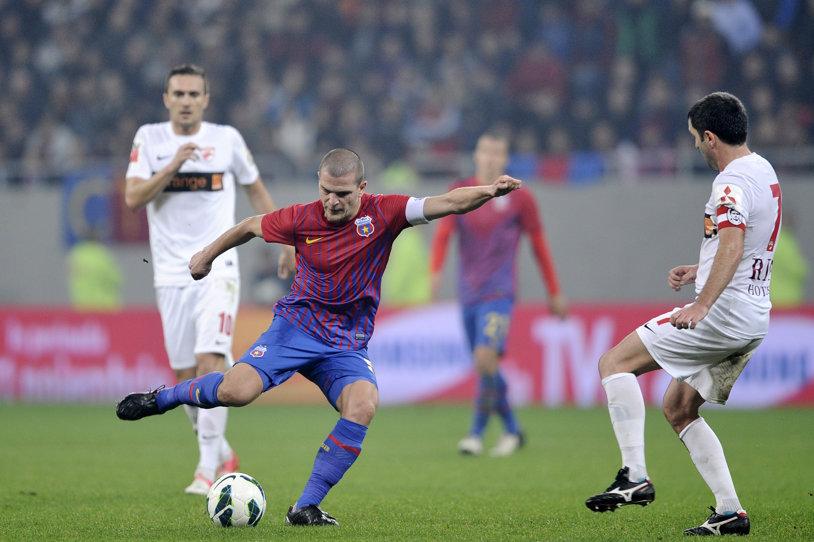 Dinamo a obţinut aprobarea LPF pentu ca meciul cu Steaua să se joace pe 10 mai, pe Naţional Arena, dar televiziunea care deţine drepturile pentru Liga 1 se opune