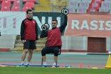 Stoican, salvat în ofensivă. Marius Alexe are şanse mari să rămână la Dinamo, cel puţin până în iarnă