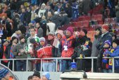 Interdicţii pentru cinci fani stelişti, pentru alţi trei s-a început urmărirea penală