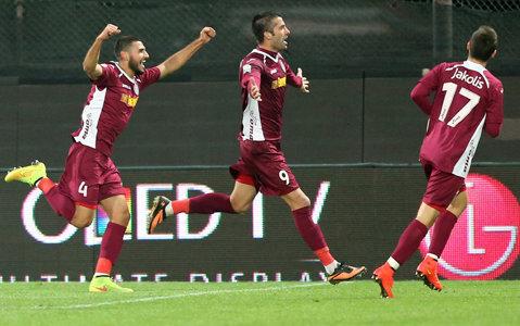 """CFR, maşină nemţească de fotbal. Clujenii au reuşit 75% din goluri pe finaluri de reprize. Miriuţă: """"Nu am întâlnit în 20 de ani aşa jucători"""""""