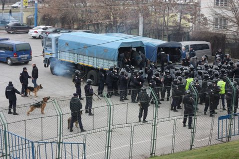 STEAUA - DINAMO | Peste 1.000 de jandarmi vor asigura ordinea publică la derby