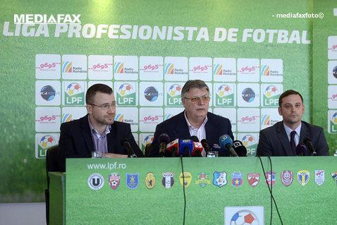 Reprezentanţii LPF şi AFAN au discutat la Comisia Europeană despre un contract tip pentru fotbalişti