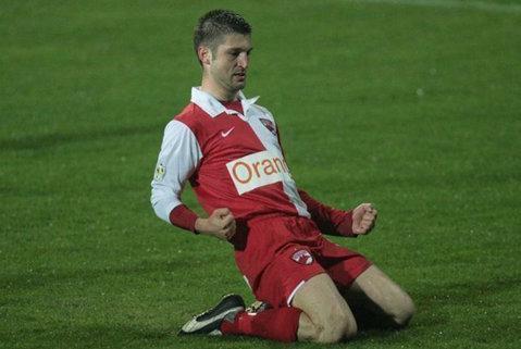 Andrei Cristea se întoarce în Liga 1. Două formaţii din TOP 5 îl vor pe atacant