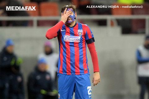 UEFA a decis ca Steaua să joace două meciuri din cupele europene fără spectatori. Clubul a fost amendat şi cu 20.000 de euro din cauza incidentelor din tribune în partida cu Dinamo Kiev