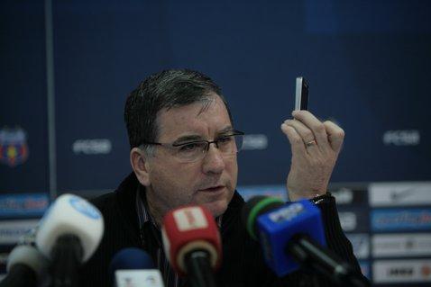 """Argăseală, furios pe arbitrajul de la meciul dintre Steaua şi Oţelul: """"Încep să cred că acest campionat este decis de arbitri mai mult decât ar trebui"""""""