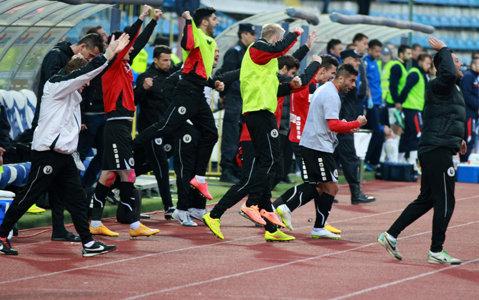 """Adrian Falub: """"Am câştigat trei puncte de aur, putem spera la salvarea de la retrogradare""""   FOTO"""