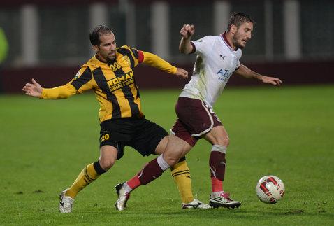 """A doua victorie pentru Bergodi! Rapid speră la salvare, """"stegarii"""" au şanse mici să rămână în Liga 1"""