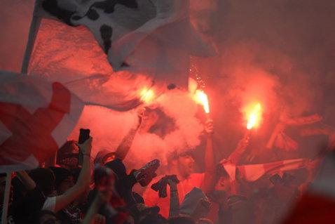 Sancţiuni drastice pentru clubul Dinamo după derby-ul cu Steaua. Amendă de 40.000 de lei din partea Jandarmeriei