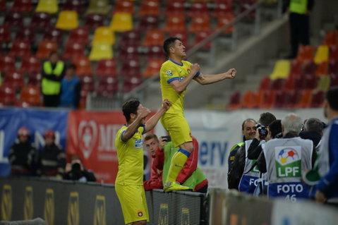 FOTO | I-au ironizat din nou pe rivalii de la Dinamo. Cele mai tari mesaje ale steliştilor. Reacţiile lui Sânmărtean şi Szukala