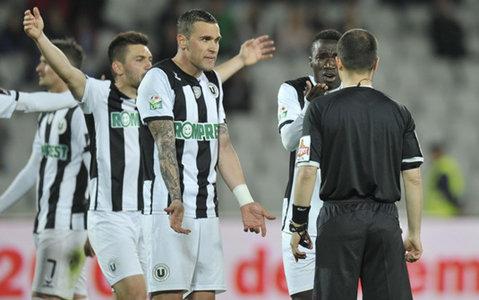 """Blestemul penalty-urilor îi bagă în """"B"""". """"U"""" Cluj a pierdut 10 puncte din cauza loviturilor de pedeapsă. Bambara, ultimul care a comis-o"""