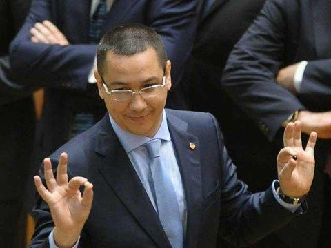 """Premierul Ponta încearcă să fie imparţial: """"Nu vreau să mă bucur prea tare pentru Steaua, să nu se supere dinamovişti, rapidişti, clujeni"""""""