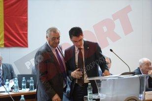 Chivorchian, mazilit azi de la FRF? Surse: Răzvan Burleanu încearcă să-l demită pe secretarul general cu mâna membrilor ComitetuluI Executiv. Omul numit de Burleanu este pus sub acuzare de DNA