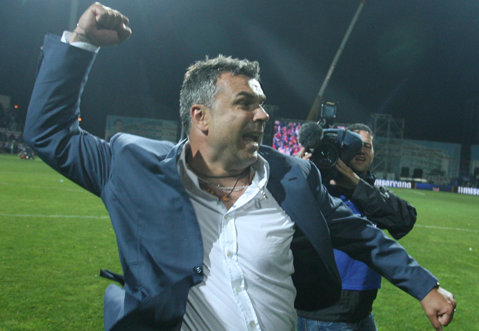 """Clarvăzătorul Olăroiu: """"Rădoi va ajunge un antrenor la fel de mare cum a fost ca jucător. Trebuia sa antreneze o echipă de copii din categoria onoare?"""""""