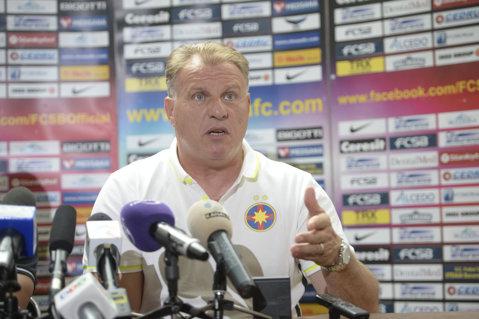 """Steliştii s-au trezit cu Becali la antrenament! Pedrazzini: """"A fost surprinzător!"""" Şedinţa ţinută de patron la echipă"""