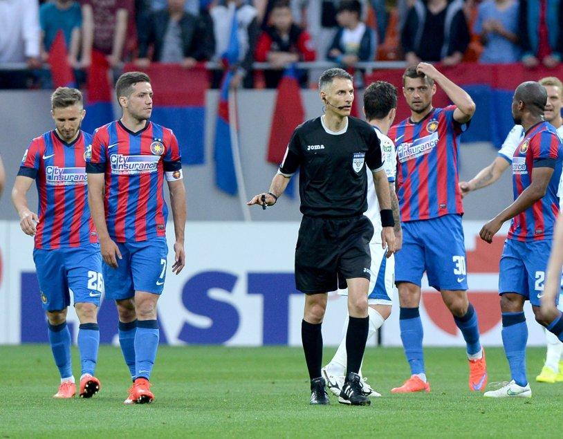 ANALIZA ARBITRILOR, etapa a 8-a | Norocul Stelei la Craiova a fost că Adrian Comănescu s-a răzgândit şi a acordat penalty-ul din care Tade a marcat