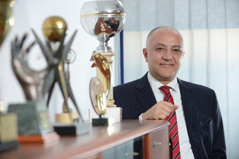 """""""Veţi avea o surpriză!"""" Deţine una dintre cele mai mari companii din România şi e gata de o NOUĂ investiţie în fotbal"""