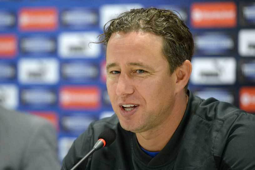 Reghecampf a cedat în conflictul cu Iordănescu. Steaua le permite jucătorilor să meargă în cantonament cu echipa naţională