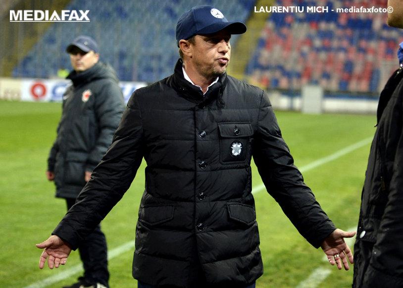"""Steaua nu se opreşte. Reghecampf a anunţat că mai caută doi jucători: """"Trebuie să ne ajute să intrăm în Champions League"""". Ce posturi trebuie acoperite şi ce planuri are pentru Papp"""