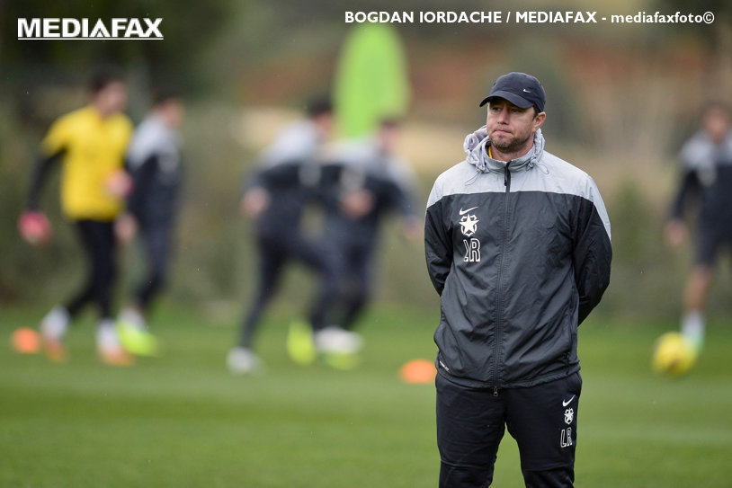 """Reghecampf explică de ce au lipsit Popa şi Stanciu de la amicalul cu Sturm Graz: """"Au probleme."""" Cum a reuşit să-l transfere pe Gebhart: """"Altfel, ar fi fost foarte greu să luăm un asemenea jucător"""""""