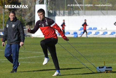 """Pintilii, căpitanul echipei """"care nu mai e ce era înainte. Nu e Steaua, e FCSB"""". Favoritul lui Reghe la preluarea banderolei nu e preferatul vestiarului în lupta cu Varela"""