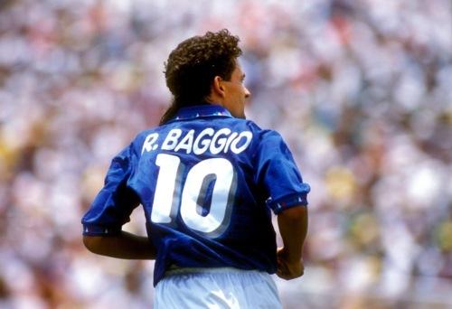 De la Jean Barbu, la Roberto Baggio. Cei 8 jucători care i-au marcat cariera lui Mutu