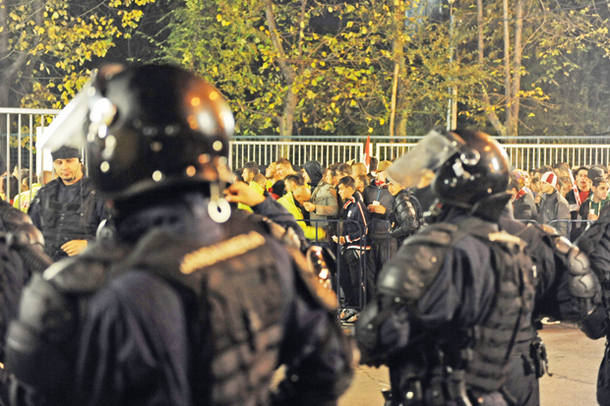154 de sancţiuni contravenţionale aplicate de Jandarmerie în sezonul 2015-2016 din Liga 1 de fotbal