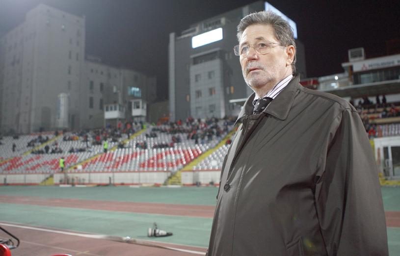 """Aşa a ajuns Marica la Steaua. Cornel Dinu a dezvăluit dialogul pe care l-a avut cu atacantul: """"I-am spus..."""". """"Mister"""" surprinde: """"Ar putea să devină un Suarez"""""""