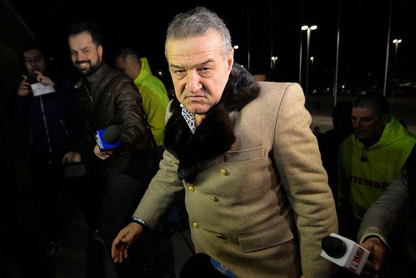 """Cade un cap după înfrângerea cu Voluntari? """"Poate băiatul ăsta nu are valoare de Steaua!"""" Gigi Becali a pus tunurile pe un jucător adus în această iarnă"""