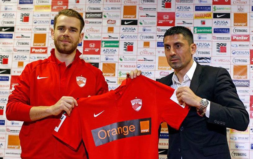 """Bicfalvi, declaraţii ciudate: """"Nu contează tricoul pe care îl îmbrac. Acum joc la Dinamo şi dau totul"""". Mijlocaşul îl taxează pe Reghecampf"""