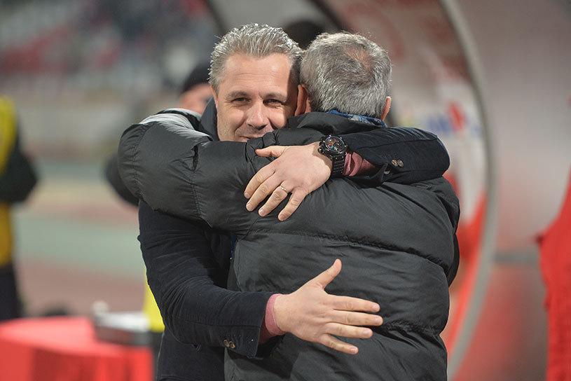 """Şumudică a rămas lider în Liga 1: """"Pentru mine, campioana morală este Astra"""". Cum a comentat incidentele pe care le-a avut cu fanii lui Dinamo: """"N-am vrut să opresc meciul"""""""