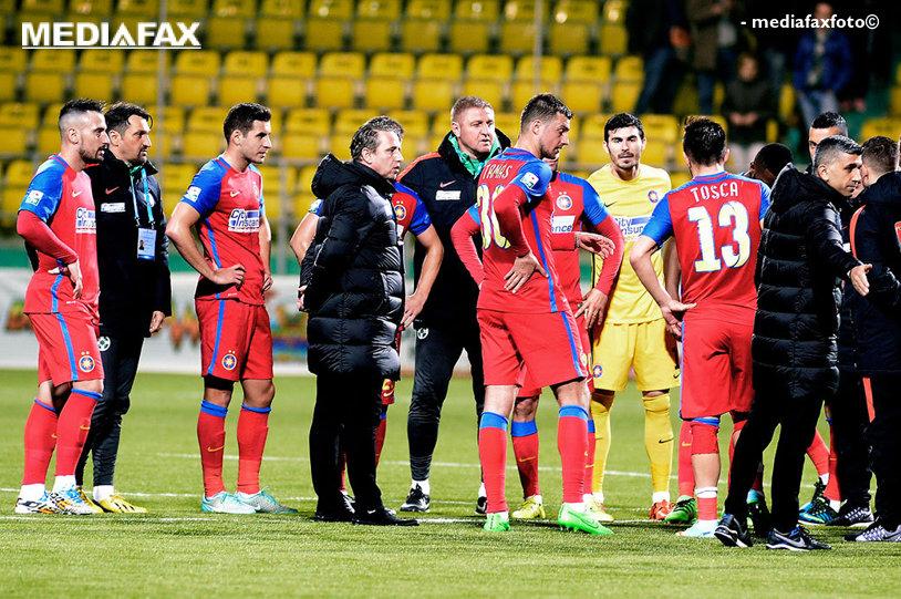 """""""Avem o problemă şi trebuie să o rezolvăm cât mai repede!"""" Discuţie """"dură"""" a lui Reghe cu jucătorii Stelei, înainte de Dinamo"""