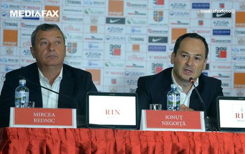 De ce nu semnează Rednic prelungirea contractului cu Dinamo. 4.000 de euro e diferenţa între oferta lui Negoiţă şi pretenţiile antrenorului