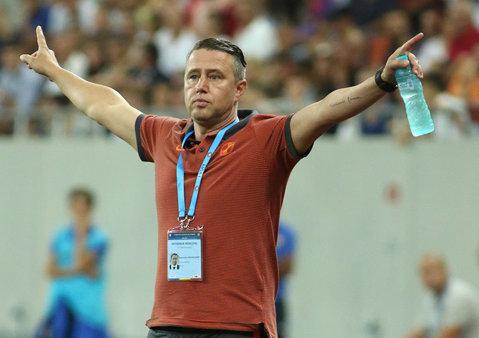 """Reghecampf, luat în colimator de Dinu: """"Steaua nu are joc de atac, nu are niciun fel de combinaţii... Trebuie să îi dea de gândit."""" Singura """"schemă"""" reperată de Mister în jocul vicecampioanei"""