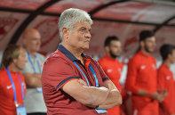 """Andone, surprins de egalul cu Gaz Metan: """"Mă pun pe gânduri unele lucruri!"""" Antrenorul lui Dinamo a intrat în conflict cu câţiva fani: """"Atât îi duce capul!"""""""