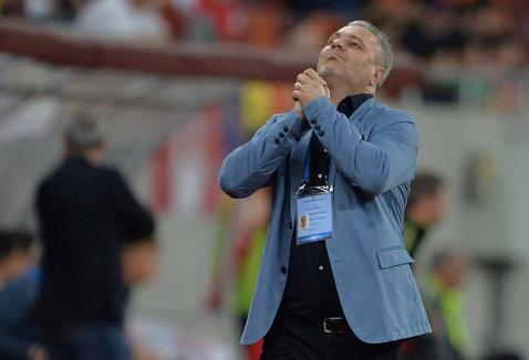 """Şumudică a dezarmat: """"Eu ce să fac când văd că îmi pleacă Budescu şi căpitanul naţionalei!? Mi-au zis să nu mai fac politica de transferuri"""""""