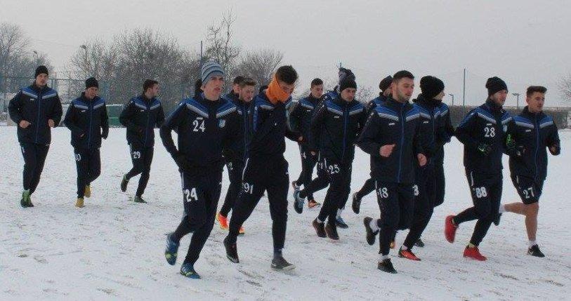 Pandurii s-a reunit cu jucători de la Pandurii II, Vâlcea, Tărlungeni şi ASU Poli. Cum arată lotul care va ataca partea a doua a sezonului