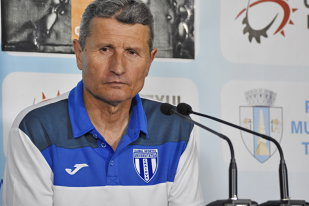 EXCLUSIV | Mulţescu are zilele numărate la Craiova! Oltenii vor un alt antrenor: tehnicianul a mai fost dorit în Bănie şi anul trecut