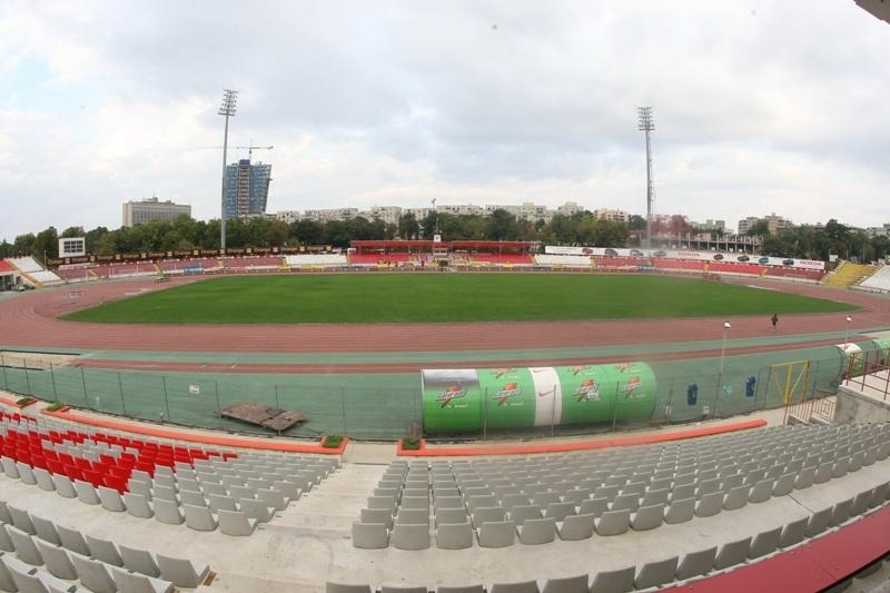 Un prim pas spre construcţia unui stadion ultramodern în Ştefan cel Mare! Nicolae Badea s-a întâlnit cu reprezentanţii CS Dinamo pentru a hotărî soarta arenei. Când se ia decizia