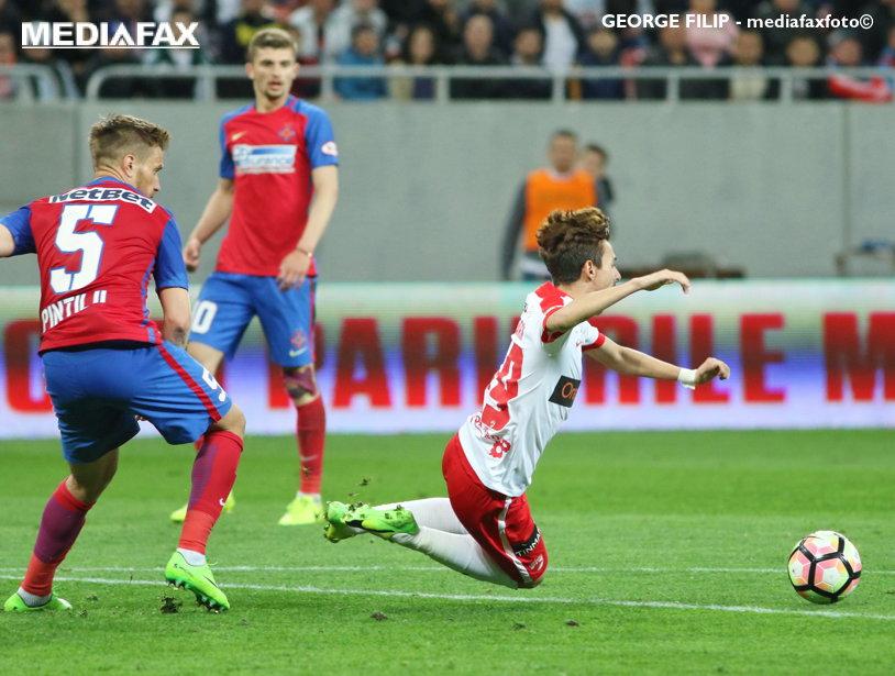 """Răspunsul lui MM Stoica după ce Crăciunescu a decretat că Dinamo a avut penalty la faultul lui Pintilii. """"Nu sunt ridicol să spun că nu l-a atins, dar..."""""""