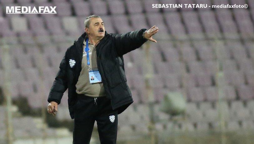 """Ionuţ Popa, din nou savuros: """"Par eu trist, dar de fapt sunt super bucuros!"""" Antrenorul lui ACS Poli i-a dedicat soţiei victoria cu Gaz Metan"""
