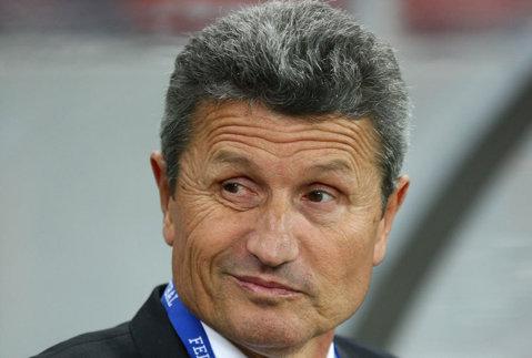 """""""Lucrurile au fost bune până la un punct, dar după..."""". Mulţescu, nemulţumit de lotul pe care-l are la dispoziţie: """"Steaua are vreo trei garnituri: una pe teren, alta pe bancă şi una împrumutată"""""""