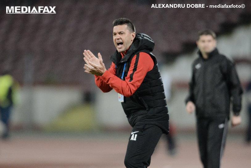"""Cosmin Contra: """"Îl felicit pe Gică Hagi pentru titlu!"""" Antrenorul lui Dinamo, mesaj pentru Negoiţă: """"Va fi foarte greu!"""""""