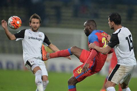 Teixeira nu a oferit încă un răspuns FCSB-ului! Motivele pentru care nu l-a contactat pe Becali